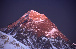 35  everest sunset night P0300 b