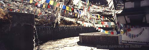 NP98_99 Muktinath fountains 2 x500