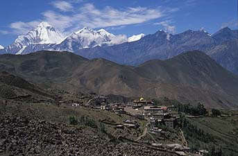 Ranipauwa view from muktinath y200